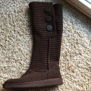Uggs chocolate knit